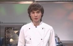 Фаршированная перепелка с яйцом пашот. «Ледяная» с соусом «Пармезан»