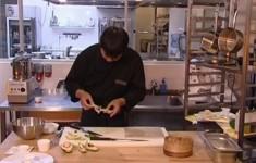Гратэн из краба. Горячий ролл с овощами «темпура»