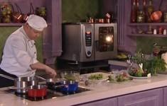 Фриттата с семгой и сладким перцем. Салат «Дары моря». Фарфалле с морепродуктами
