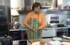 Шницель по-венски. Картофельный салат