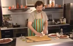 Карпаччо. Тар-тар из сырого мяса (татарский бифштекс). Бифштекс по-чикагски