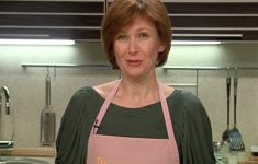 Картофельный пирог. Салат из фенхеля, фризе и радикьо. Аффогато