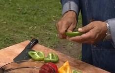 Баранья лопатка на огне и овощи гриль. Лимонный соус