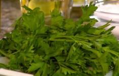 Салат из огурцов, помидоров и капусты. Салат из тыквы и баклажанов. Салат из болгарского перца и цветной капусты