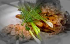 Финский рыбный суп. Запеченный грибы на толченом картофеле. Тар-тар из морской форели на картофельном рости