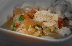 Овощной крем-суп с сухариками. Жульен из шампиньонов. Куриная грудка с фасолью и томатами