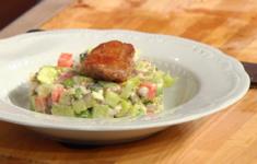 Запеченные перепелки с весенним салатом. Русский салат с теплой перепелкой