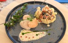 Морской гребешок в икорном соусе с цветной капустой. Паста с овощами и подкопченной курицей