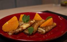 Салат Нисуаз. Блинчики Сюзетт с апельсином и карамелью. Апельсиновый фреш
