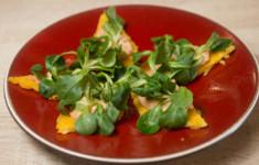 Пицца. Тосты из поленты с кремом из тунца и вяленых томатов