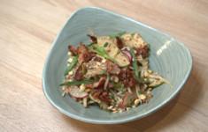 Митболсы в томатном соусе. Пумперникель. Немецкий салат с беконом