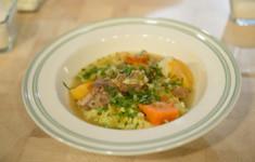 Паштет из лосося и скумбрии горячего копчения. Традиционное ирландское рагу из баранины с овощами. Ирландский лимонный поссет со взбитым ванильным кремом
