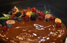 Пирог с творогом, шоколадом и грецкими орехами. Грудинка по рецепту Мао