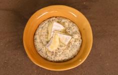 Овсянка с сыром. Куркума латте. Мятный молочный коктейль