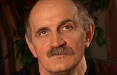 Александр Суханов