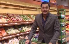 Продукты покупает Алексей Чумаков