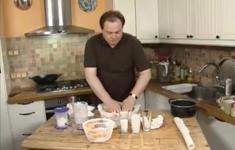 Пирог с армянскими абрикосами