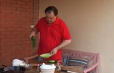Шашлычки из говяжьей вырезки в маринаде. Жареные грибы лисички. Летний салат